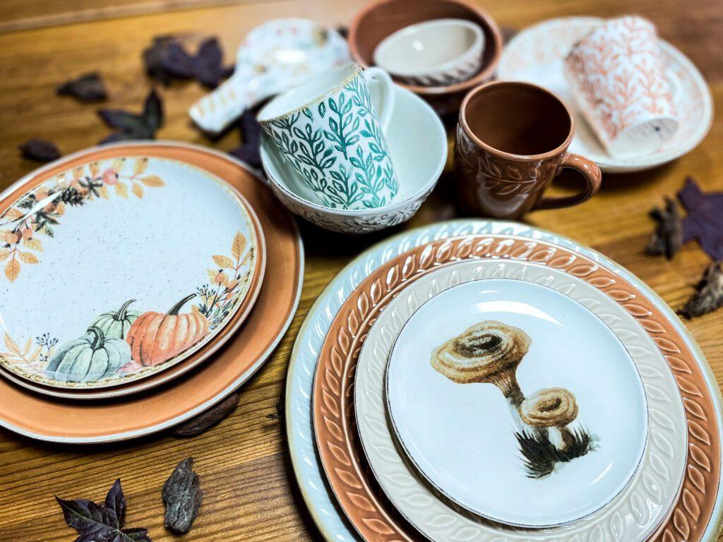 Autumn tableware